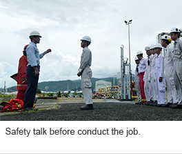 Safety talk before conduct the job.